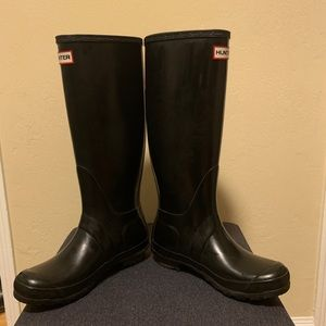 Hunter Shoes - Hunter Original Tall Waterproof Rain Boot